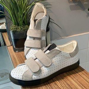 🇮🇹 HYDROGEN White sneakers  size 3